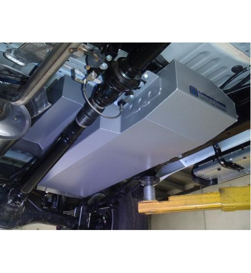 Long Range Automotive Water Tanks